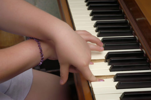 Proper Fingering on the Piano